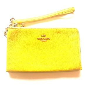 COACH Double Zip Wristlet!